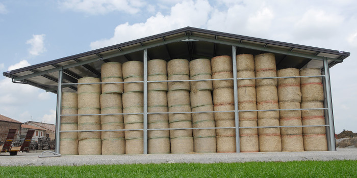 Bales storage